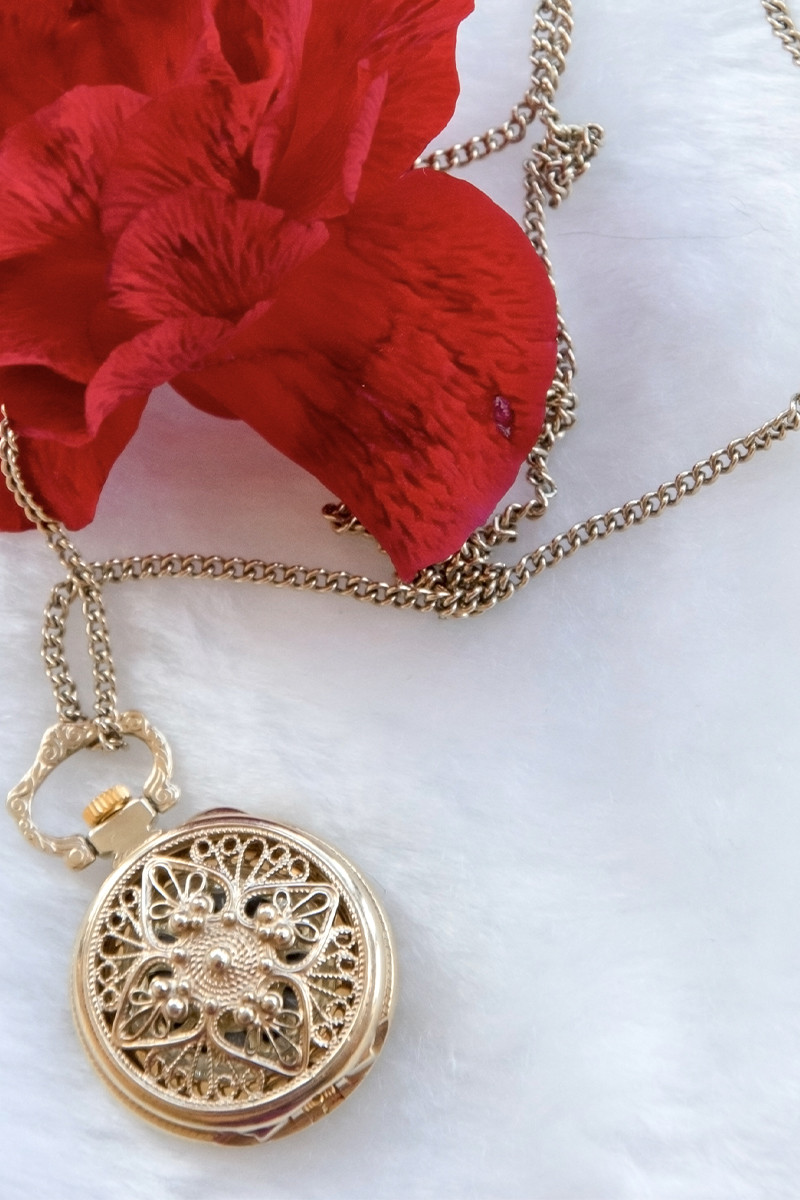 What Is Filigree And How Is It Used In Jewelry