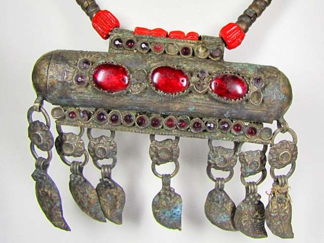 TRADITIONAL TUBULAR TIBETAN SILVER NECKLACE  522 CTS TR 880