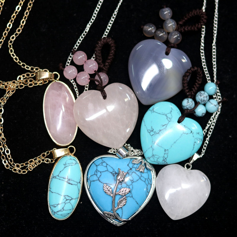 Lovers lucky Seven hearts Gemstone Pendants AHA 352