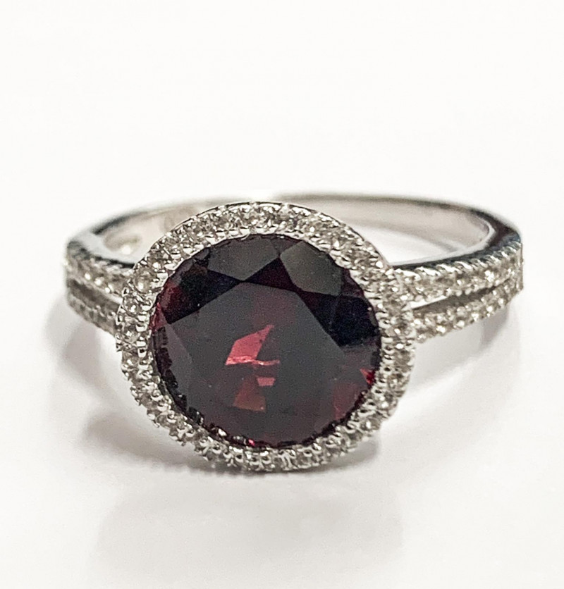 Natural Rhodolite 3.45 Ct And Topaz Ring ~ Silver