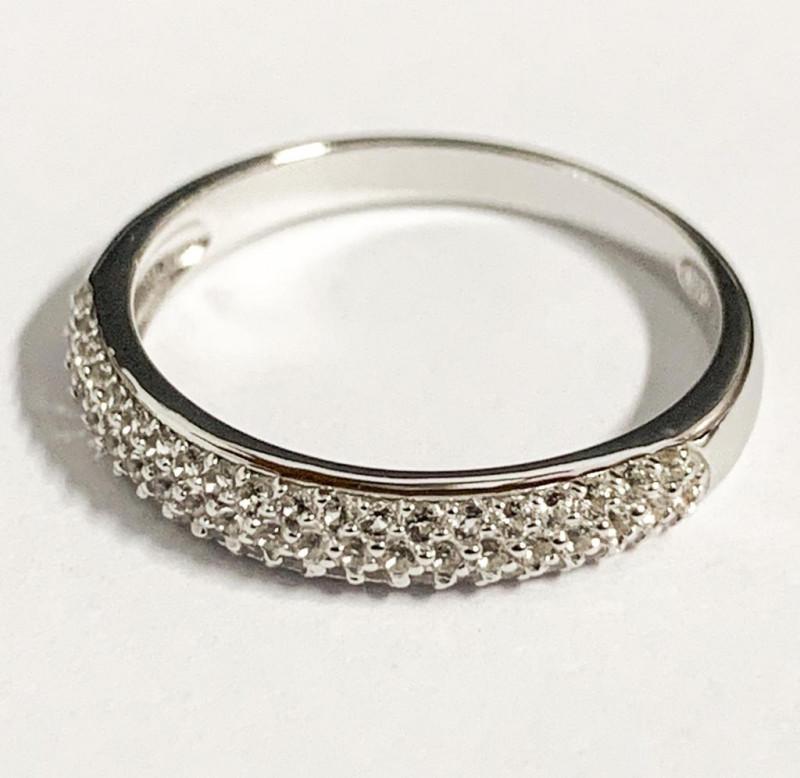Stylish Natural Topaz ~ Silver Ring
