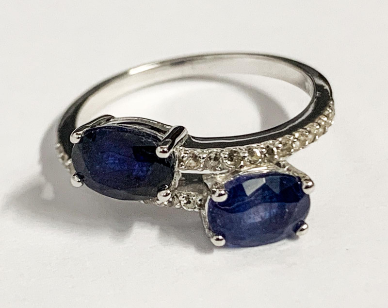 Stylish Natural Sapphirel And Topaz Ring ~ Silver