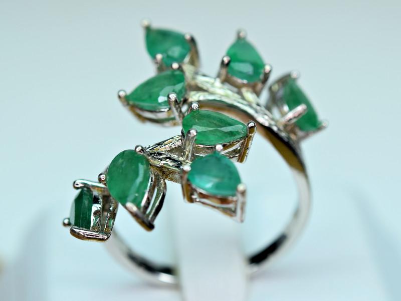 Natural Precious Top Green Color 8 Pieces Emerald  925 Silver Ring