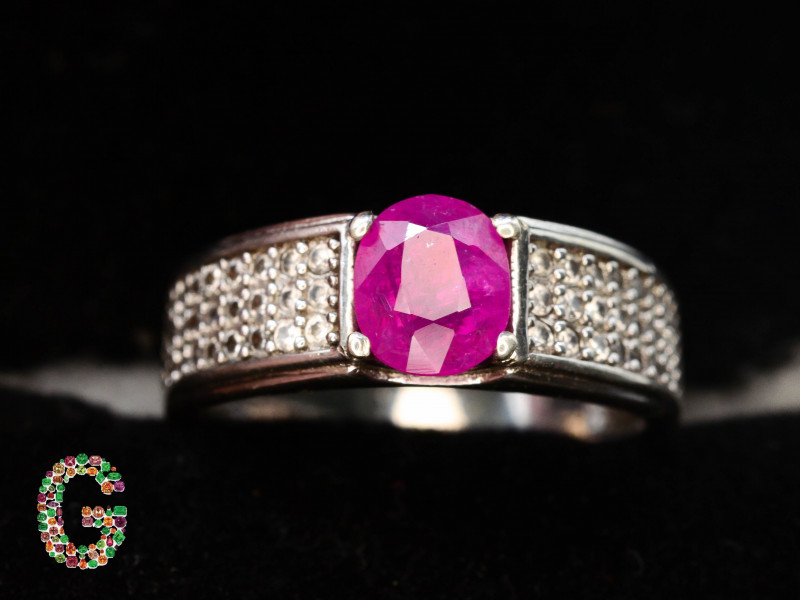 Unique Design 16.90 Ct Silver Ring ~ With Natural Afghan Ruby