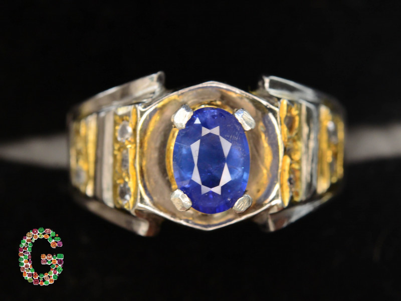 CERTIFIED Exclusive 9.22 Gm Silver Ring ~ With Natural Sapphire