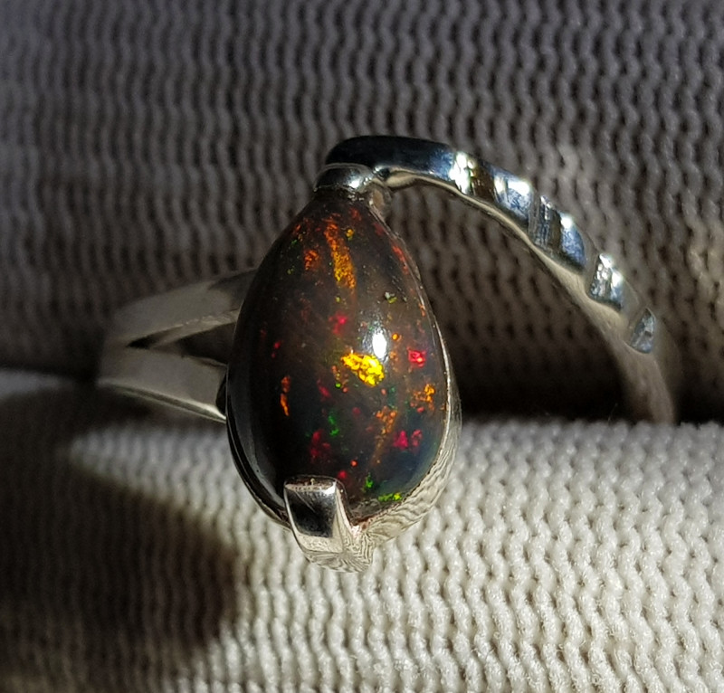 Natural Snack Shape Multi Fire Opal 16.90 Carats 925 Hand Made Silver Ring