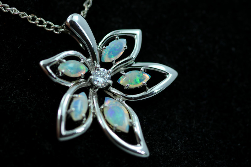 Cute Stylish Crystal Opal Pendant CCC 3088
