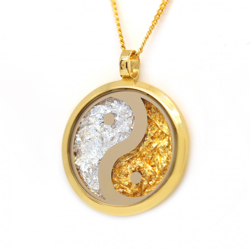AUSTRALIAN GOLD NUGGET LEAVES & GOLD PLATED YIN& YANG PENDANT [JP04]