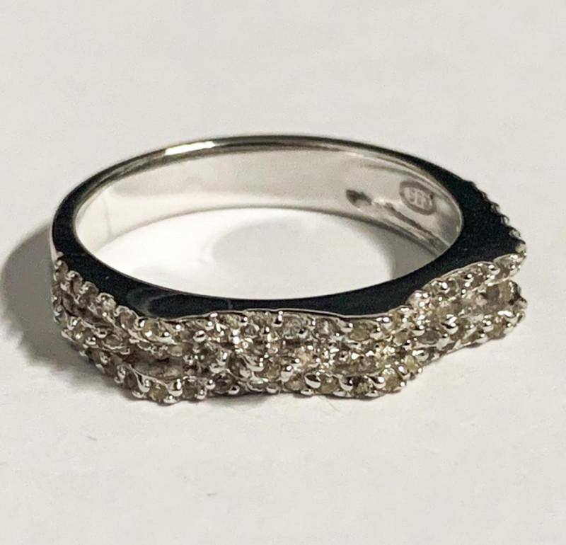 Stylish Natural White  Topaz Ring ~ 925 Silver