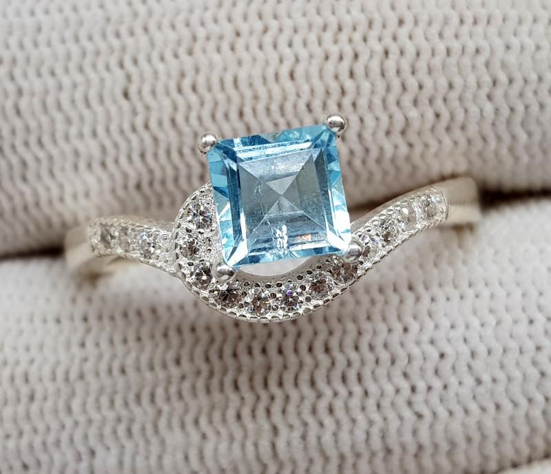 Natural Blue Topaz 19.20 Carats 925 Silver Ring (SA)