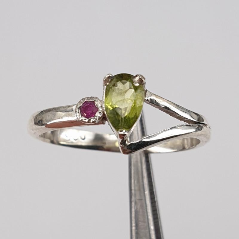 Hand made Natural Peridot and Ruby Ring