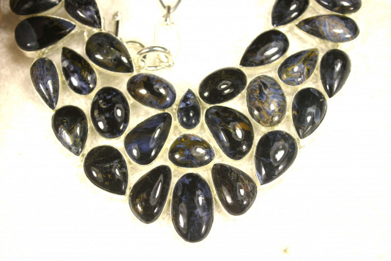 586.0 Tcw. Sterling Silver Necklace with China Pietersite - Gorgeous