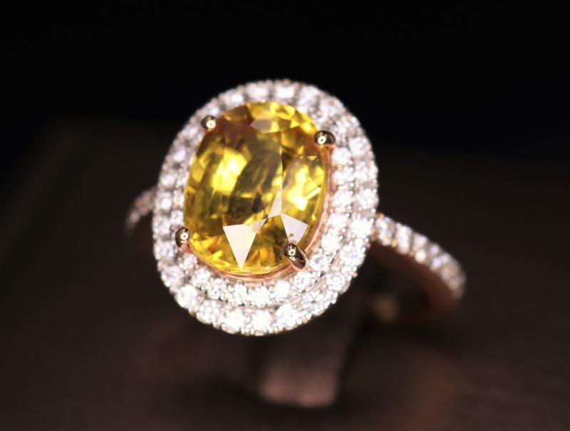 18 k Rose Gold Gorgeous Natural Yellow Sapphire, Diamond Ring