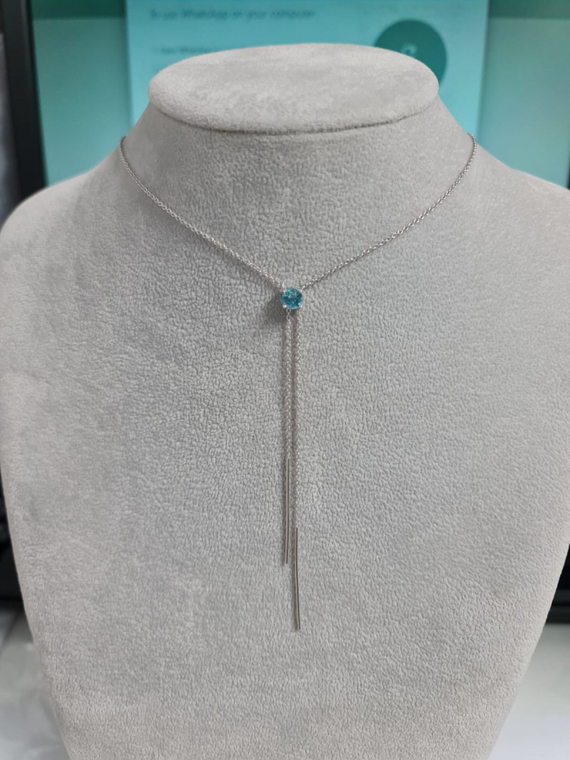 Stylish Natural Blue Zircon  1.30 Cts Silver Necklace