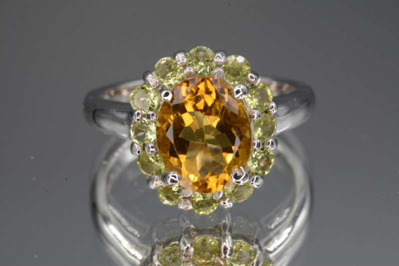 Multi-stone Citrine and Green Peridot 27.05 Cts  Silver Ring