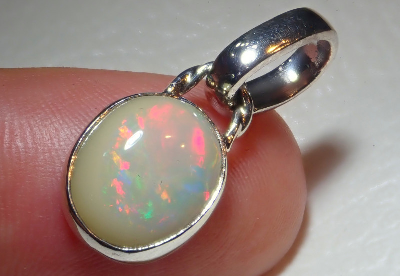 12.22ct Natural Ethiopian Welo Opal .925 Sterling Silver