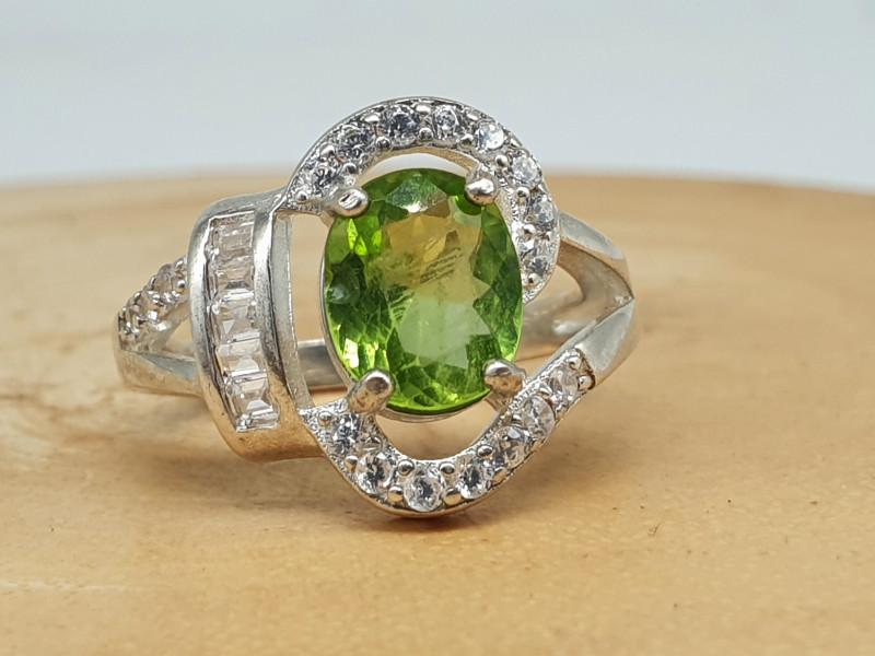 Green Peridot Ring | Women Ring | 925 Silver Ring | Natural Peridot Ring