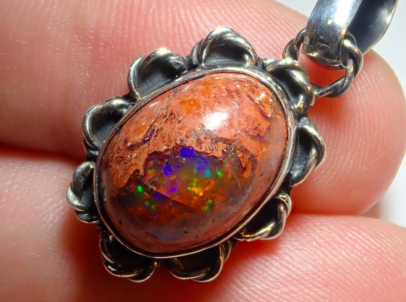 20.55ct Natural Mexican Opal .925 Sterling Silver