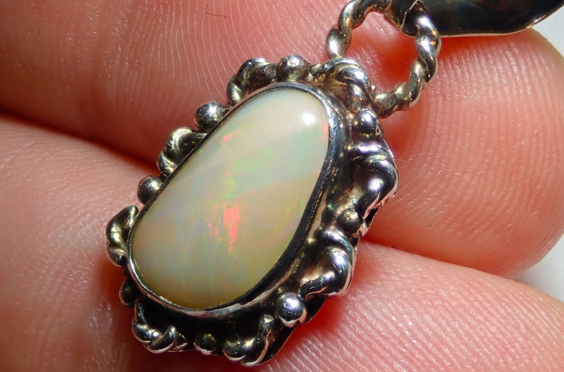 10.3ct Natural Ethiopian Welo Opal .925 Sterling Silver