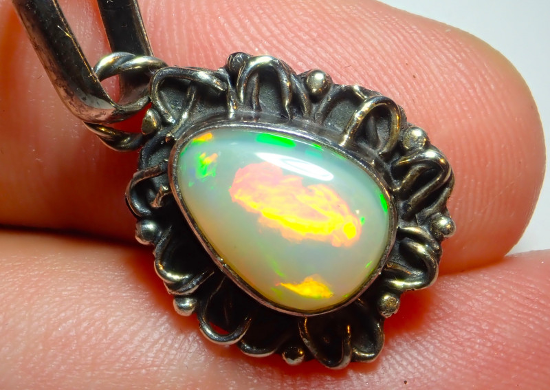 15.35ct Natural Ethiopian Welo Opal .925 Sterling Silver