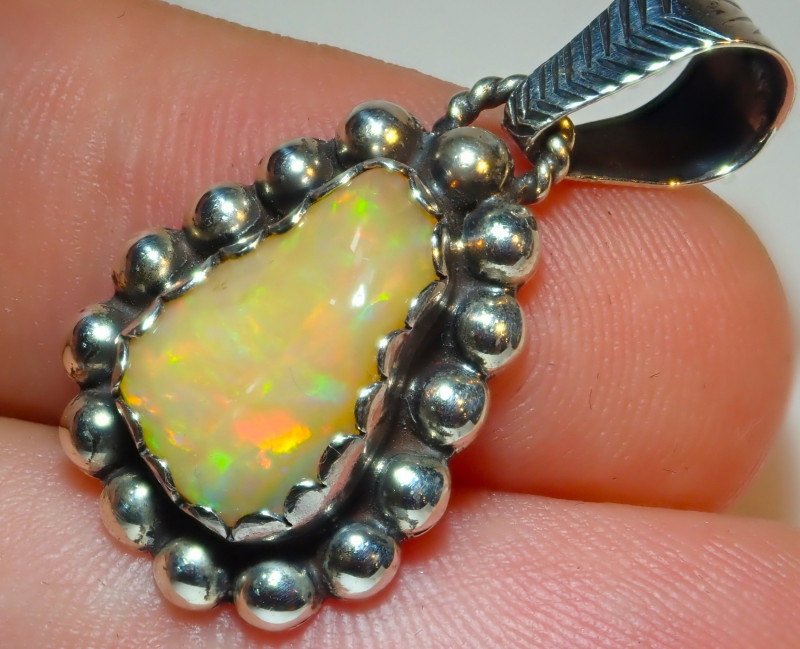 16.1ct Natural Ethiope Welo Opal .925 Sterling Silver