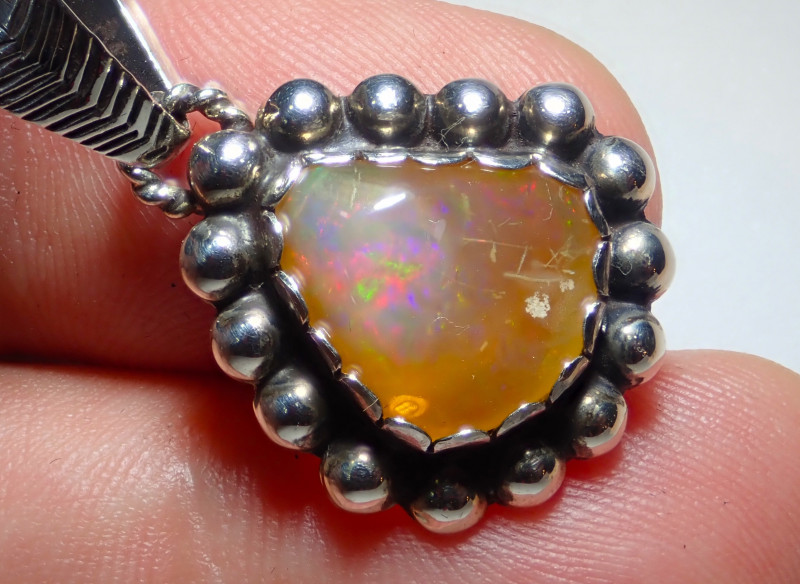 16ct Natural Ethiope Welo Opal .925 Sterling Silver
