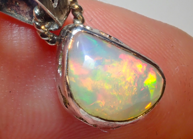 6.73ct Natural Ethiope Welo Opal .925 Sterling Silver