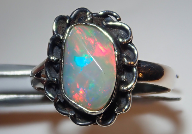 6.50size Natural Ethiopian Welo Opal .925 Sterling Silver