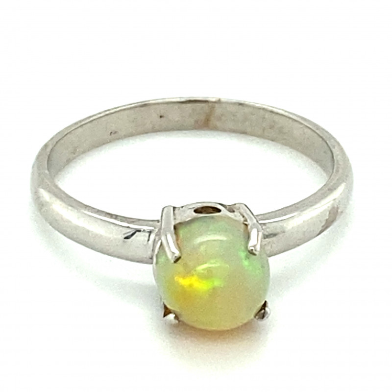 White Opal .90ct Platinum Finish Solid 925 Sterling Silver Ring