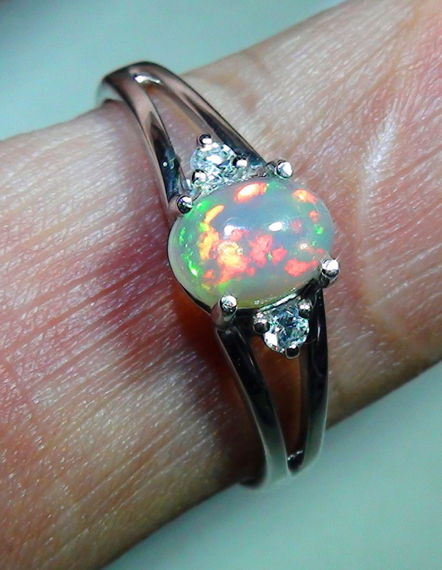 10.10ct Stunning Ladys 925 Silver Gem Colour Opal Ring RN-7