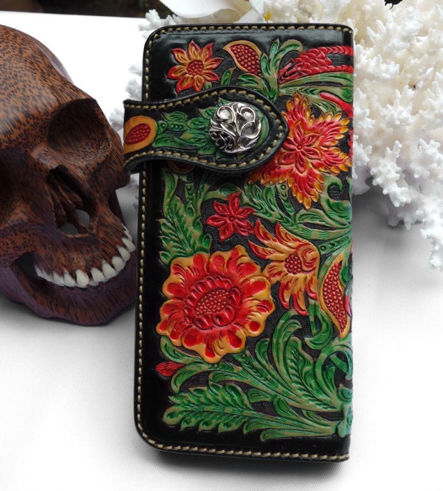 Sculpted Western Floral Leather Bi-fold Wallet