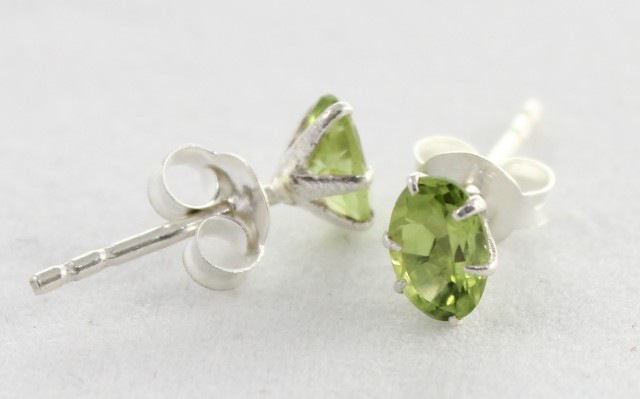 925 Solid Sterling Silver Natural Gemstones Peridot Faceted (Studs) Earring