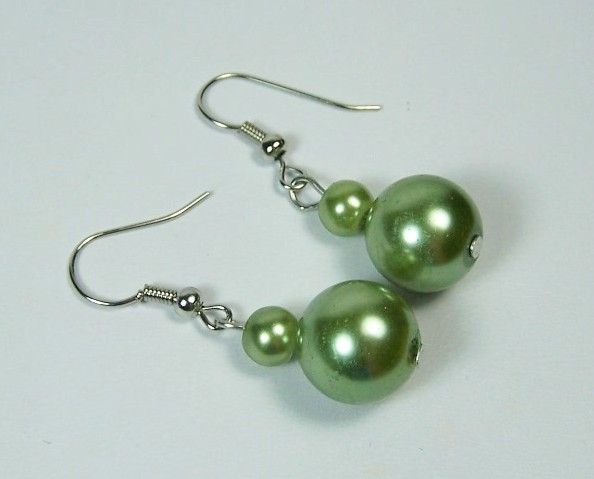 Classy Green Avacado Glass Pearl Dangle Drop Earrings