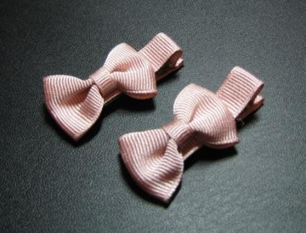 Bow tie hair pins