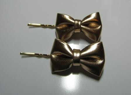 Pink bow tie hair pins