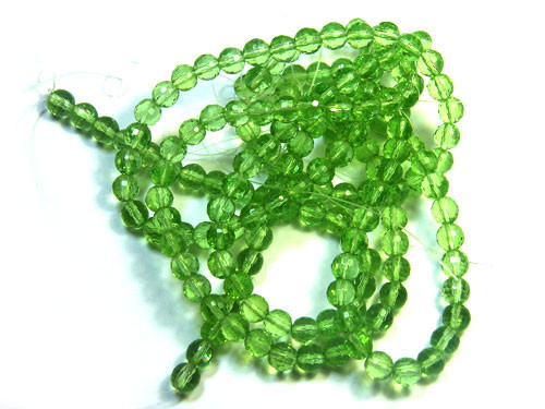 GREEN STRAND BEADS 140 CARATS PG17 ML