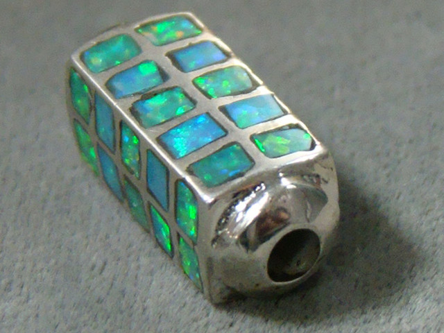LAB OPAL INLAY BEAD SET IN STERLING SILVER  DO-201