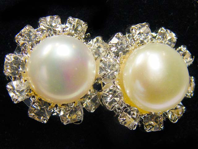 PEARL AND DIAMANTIES EARRINGS  TR 834