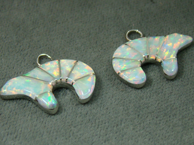 LAB OPAL INLAY EARRINGS 11 CTS DO-211