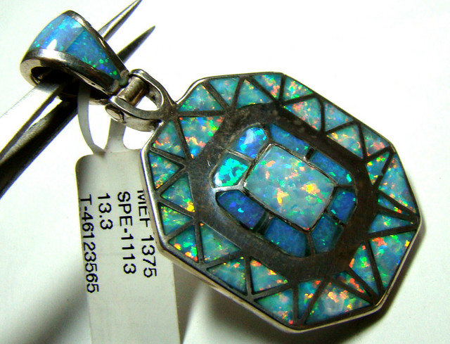 OPAL INLAY PENDANT (OA1032)