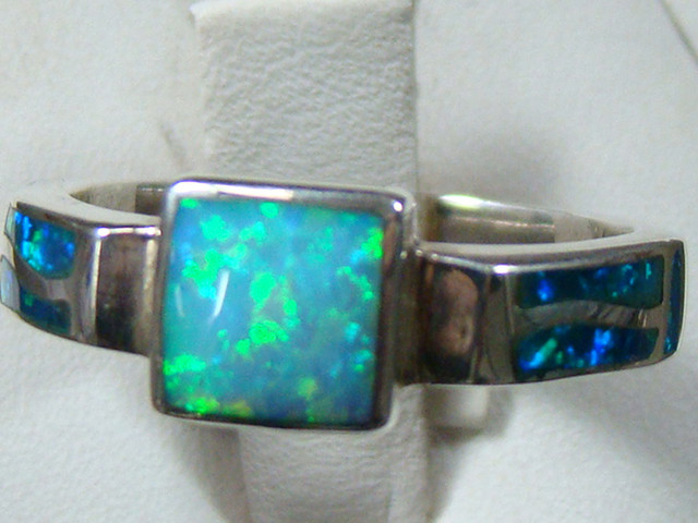 LAB OPAL INLAY RING STERLING SILVER SIZE 7 3/4 (OA1018)