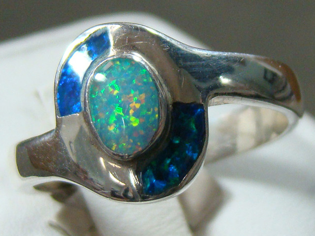 LAB OPAL INLAY RING STERLING SILVER SIZE 8 1/2  (OA1002)