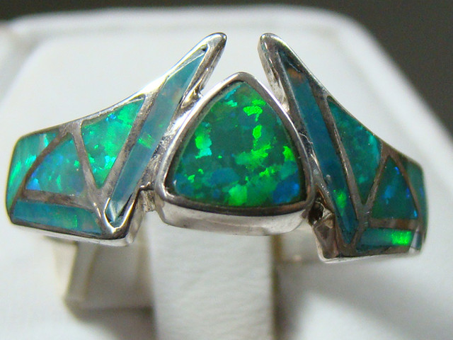 LAB OPAL INLAY RING STERLING SILVER SIZE 7 3/4 (OA1005)