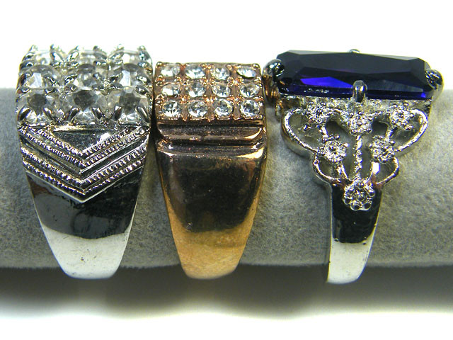RE SELLERS DEAL THREE RINGS SIZE 6.5 -9.5  TR 803