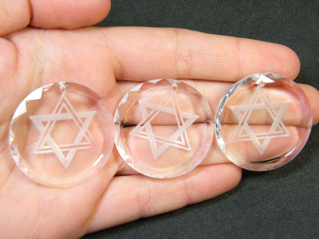 LARGE HIGH CLASS CRYSTAL STAR OF DAVID PENDANT 135CT SGS 737