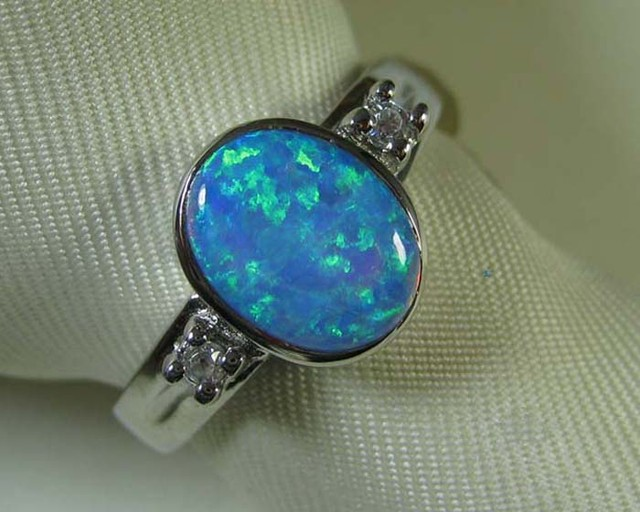 925 SILVER SYNTHETIC CRYSTAL OPAL RING size 6 #LSSR3/129
