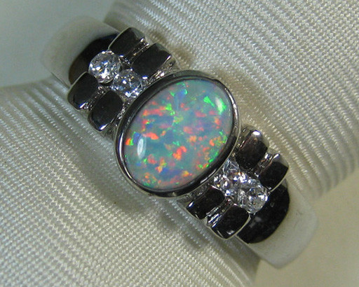 925 SILVER RING SIMULANT CRYSTAL OPAL & 4 CZs Size8 #TSR/226