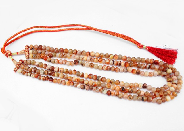 Natural 548.00 Cts 3 Line Round Beads Agate Necklace