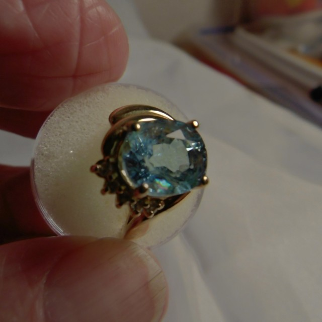 Aquamarine and Diamonds set into 14Kt Gold Ring