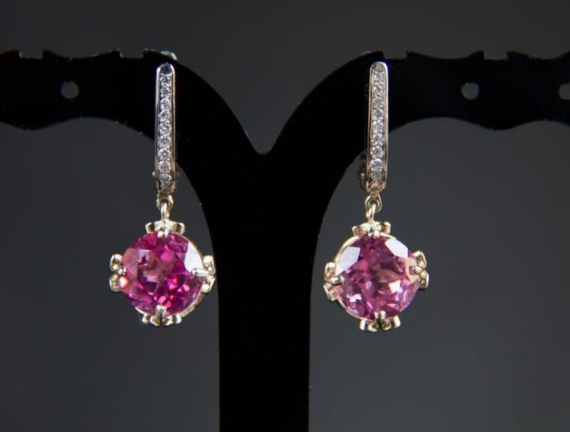 14K white gold earrings with topazes and diamonds. Free shipping.